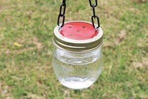 DIY hummingbird feeder mason jar