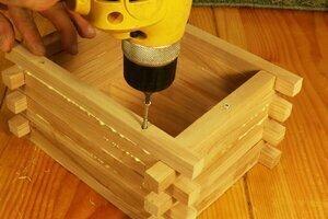 DIY bird house plans.
