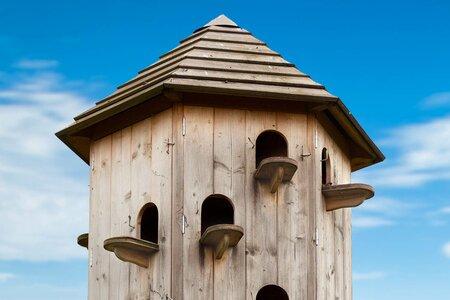 Birdhouse level porch.