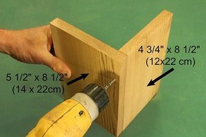 Assemble the roof of the birdhouse.