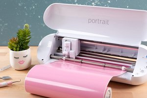Silhouette portrait cutting machine designs, patterns, SVG Files, templates, and cut files.