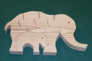 DIY wooden jigsaw puzzle patterns and instructions.