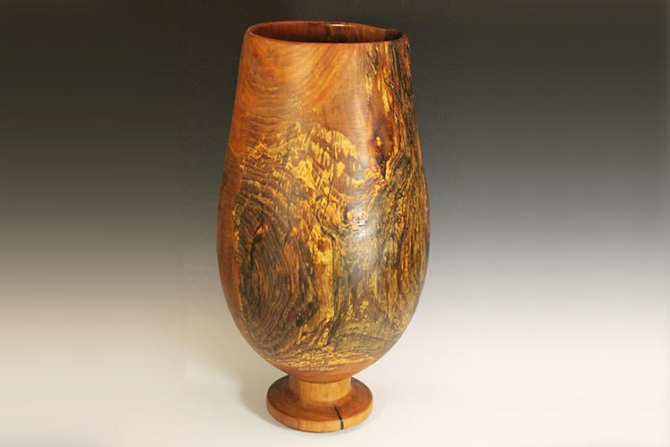 The completed sycamore vase.